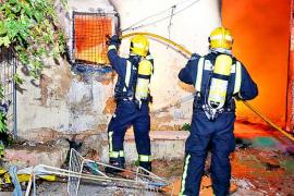 Incendio en una casa de okupas de Palma