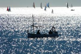 llaüt en la bahía de Palma