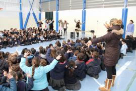 Los escolares de Mallorca cantan por la Paz y la No Violencia