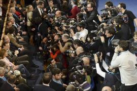 El PP sienta en primera fila al marido de Cospedal en su convención nacional