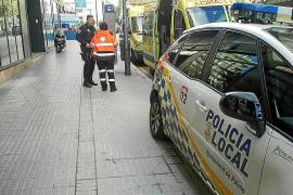 El hombre rescatado en su casa de Palma quedó atrapado bajo una cama plegable