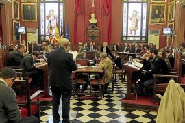 Cuatro regidores de la oposición de Cort podrían perder la dedicación exclusiva