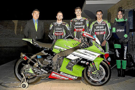 David Salom presenta su Kawasaki oficial