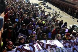 Miles de personas marchan en Madrid contra la ley del aborto y piden la dimisión de Gallardón