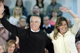 Susana Díaz pide la reforma de la Constitución y acusa al PP de mentir