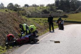 Tres heridos, uno de ellos en estado grave, en un accidente entre tres motos en Ariany