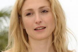 Julie Gayet denuncia a la revista que reveló su romance con Hollande