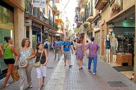 El pequeño comercio dice que la libertad horaria «destruirá 2.000 empleos» en Balears