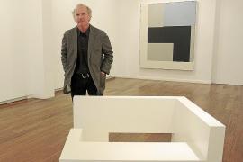 Ñaco Fabré recurre a la «pintura de atmósferas» en la galería Xavier Fiol