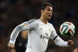 Apelación mantiene tres partidos de sanción a Ronaldo