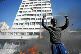 Violentas protestas en Bosnia contra la pobreza y corrupción