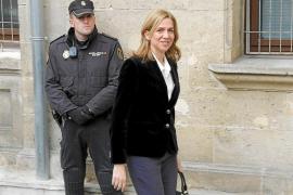 El fiscal y la defensa esperarán a que Castro decida y no pedirán el archivo para la Infanta