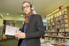 Agustín Fernández Mallo indaga «en el aislamiento y la identidad» en 'Limbo'