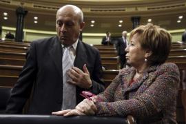 Celia Villalobos vota, junto con la oposición, retirar la reforma de la Ley del aborto