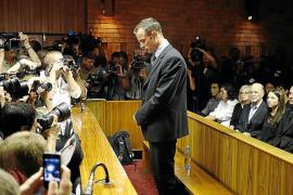 Pistorius rompe su silencio y habla del dolor causado un año después de matar a su novia