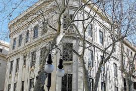 Marcas de lujo internacionales se interesan por el edificio de Telefónica