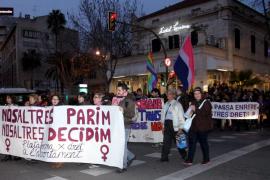Más de 1.500 voces rechazan la reforma de la ley del aborto y piden a Gallardón que rectifique