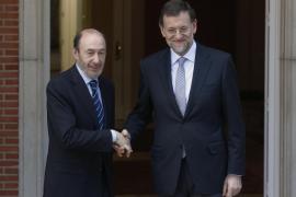 El aborto enfrentará a Rajoy y Rubalcaba en su 'cara a cara' en el Congreso