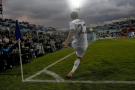 El Madrid mantiene el pulso a la Liga con un paseo por Getafe