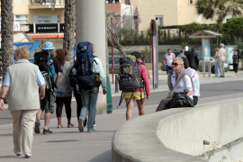 Patronales y sindicatos exigen incentivos fiscales para romper la estacionalidad turística en Mallorca
