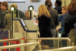 El incremento inesperado de un 11% de pasajeros colapsó Son Sant Joan el domingo