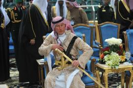 El príncipe Carlos de Inglaterra, al más puro estilo árabe