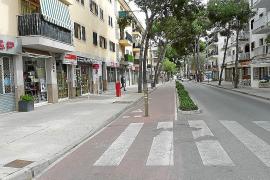Piden la retirada del carril bici de la avenida Joan Servera Camps
