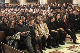 Multitudinario y emotivo funeral por 'Miquel des Forn de sa Pelleteria'