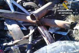 Dos detenidos por robar tubos de sondeo de pozos en Campos por valor de 21.000 euros