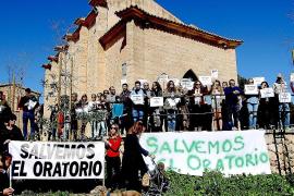 Vecinos de Portals Nous se manifiestan en contra del nuevo restaurante en el Oratorio