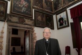 El obispo de Mallorca asiste el viernes a una audiencia con el papa Francisco