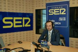 Bauzá dice a los docentes «que se presenten a las elecciones» si no les gusta el TIL