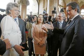 Mas pide a la Comisión Europea que vea a Catalunya como «un excelente aliado»