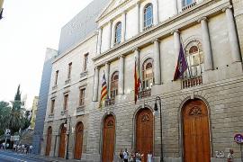 El TSJB admite la demanda de los dos sindicalistas despedidos por el Principal