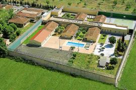 El colapso de Es Pinaret obliga al Govern a construir otro centro antes de final de año