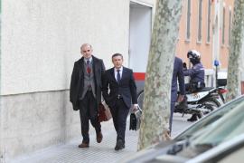 El juez imputa dos delitos al sospechoso de grabar a la Infanta
