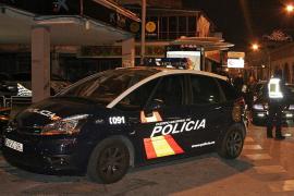 Detenido un hombre por intentar matar a tres mujeres en una casa de Gomila