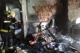Un niño de cinco años muere mientras dormía al incendiarse su casa en Porreres