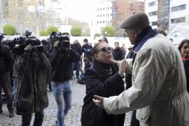 Madrid se despide de Paco de Lucía antes de partir a Algeciras, donde será enterrado