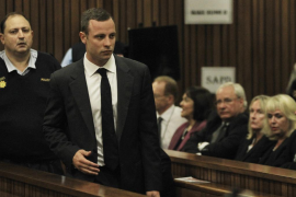 "Una vecina oyó ""gritos terribles"" la noche en que Pistorius mató a su novia"