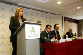 Báñez anuncia en Palma la tarifa plana de 100 € para los nuevos fijos discontinuos