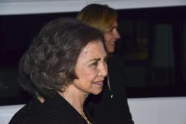 La infanta Cristina acompaña a la Reina en un acto en Grecia