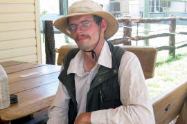 Un turista alemán sobrevive comiendo moscas tras perderse en Australia