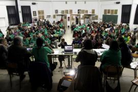 La Asamblea de Docentes cifra en 300 las dimisiones por el conflicto educativo