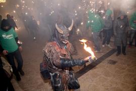 'Correfoc' «a favor de la libertad de expresión» en Valldemossa