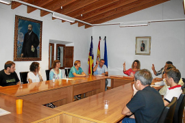 Sigue la crisis política en Campanet y la alcaldesa se somete ahora a una cuestión de confianza