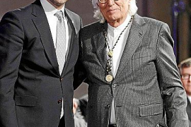 Entrega de los Premis Ramon Llull y la Medalla d'Or de la Comunitat en la Llotja