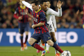 Messi da al Barça un mes más de crédito (2-1)