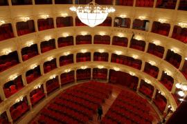 El Teatre Principal de Maó y Joan Pons recibirán la Medalla de Oro en Bellas Artes