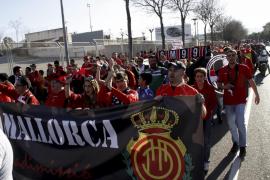 Unas 400 personas reivindican un Mallorca libre de conflictos